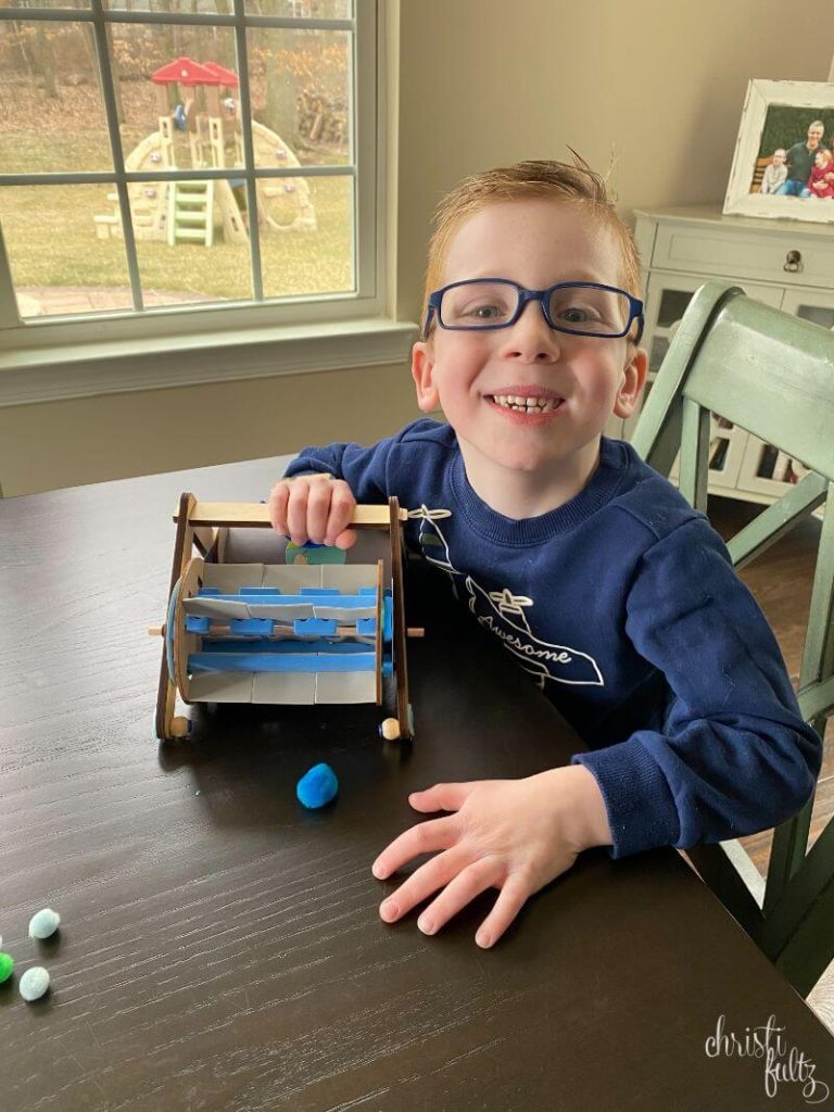 This KiwiCo Mechanical Sweeper crate make STEM learning at home easy for parents and kids. Perfect for ages 5-8.